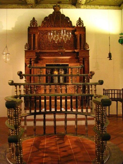 Zdjęcia: Muzeum Izraela, Jerozolima, wnętrze synagogi, IZRAEL