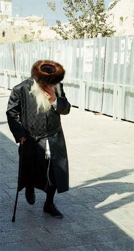 Zdjęcia: Jerozolima, w drodze na modlitwę, IZRAEL