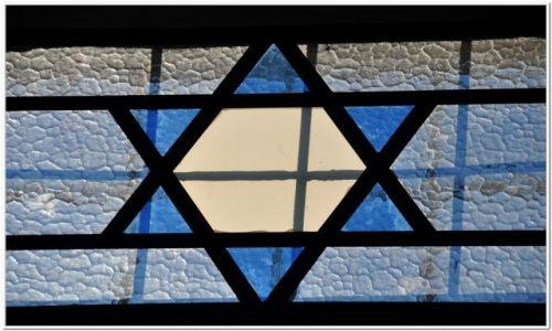 Zdjecie IZRAEL / - / Akko / Witraż w synagodze