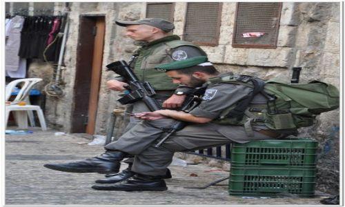 Zdjęcie IZRAEL / - / Jerozolima / Straż przy Bramie Damasceńskiej