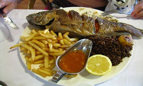 IZRAEL / Galilea / Kafarnaum / ryba Św. Piotra