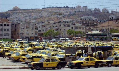 Zdjęcie IZRAEL / Palestyna / Nablus / Taksówki