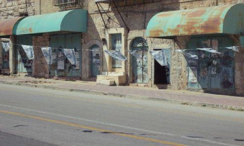 Zdjęcie IZRAEL / Palestyna / Al Shuhada,kiedyś główna ulica w Hebronie,wyludniła się, gdy w pobliżu powstała żydowska o / Miasto duchów