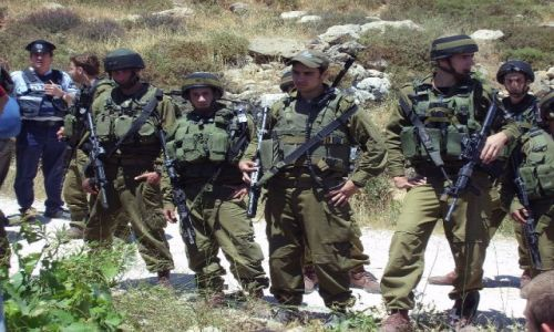 Zdjęcie IZRAEL / Palestyna / Wadin an Nis / Wojsko