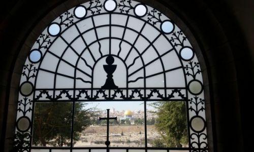 Zdjęcie IZRAEL / - Jerozolima / Dominus Flevit church / Z Góry Oliwnej