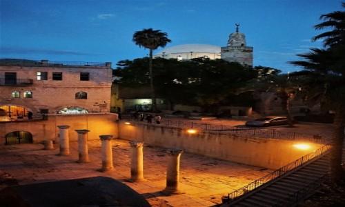 Zdjęcie IZRAEL / Jerozolima / Stare Miasto / Bizantyjska ulica - Cardo Maximus (na pierwszym planie)