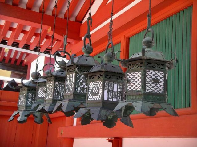 Zdj�cia: Nara, Nara, Lampiony w Kasuga Taisha, JAPONIA
