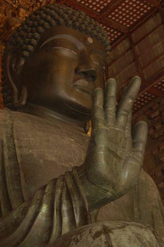 Zdjęcia: w świątyni Todaiji, Największy Budda na świecie, JAPONIA