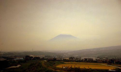 Zdjecie JAPONIA / Honsiu  / Góra Fudżi  / troche jednak widac