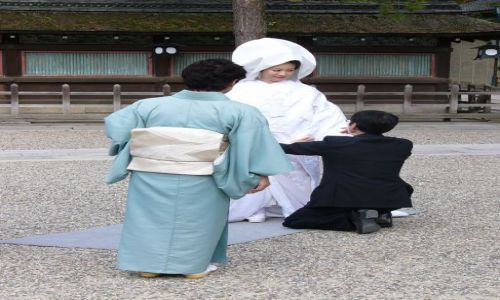 Zdj�cie JAPONIA / Honshu / Kyoto / Str�j do drobnej poprawki