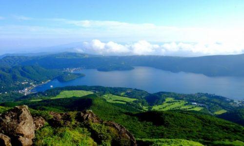 Zdjecie JAPONIA / Honsiu / Hakone / Wulkaniczne jezioro Ashi