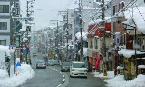 Zdjęcie JAPONIA / Uonuma Area / Echigo-Yuzawa / Zima w mieście