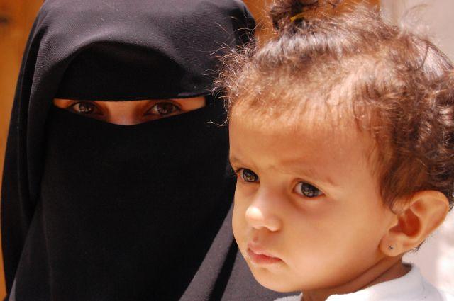 Zdjęcia: suq, Sana, Matka i córka, JEMEN