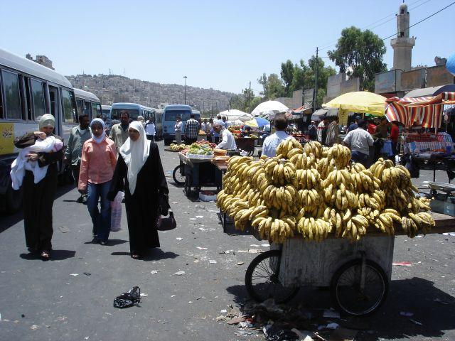 Zdj�cia: Amman, jordanskie banany, JORDANIA