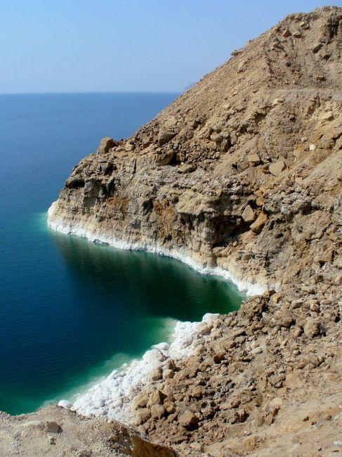 Zdjęcia: Morze Martwe, Słupy solne na wybrzeżu Morza Martwego, JORDANIA