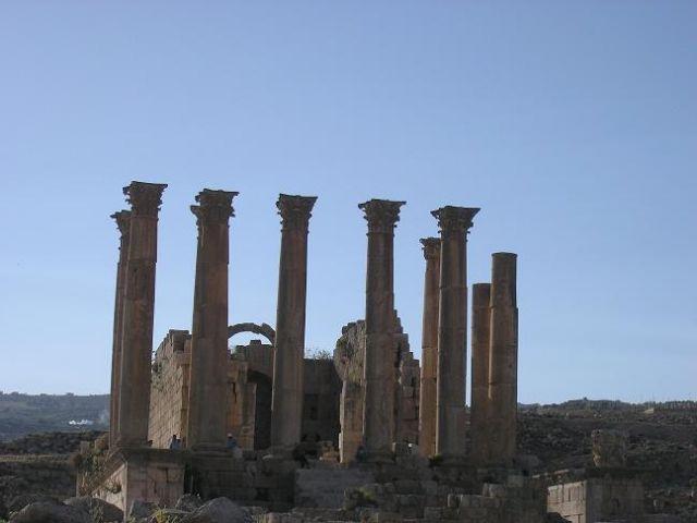 Zdjęcia: Jerash, Las kolumn, JORDANIA