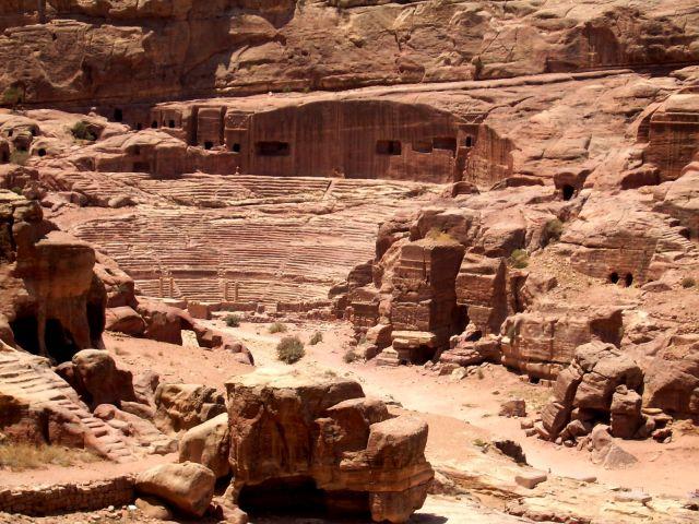 Zdjęcia: Petra, Amfiteatr, JORDANIA