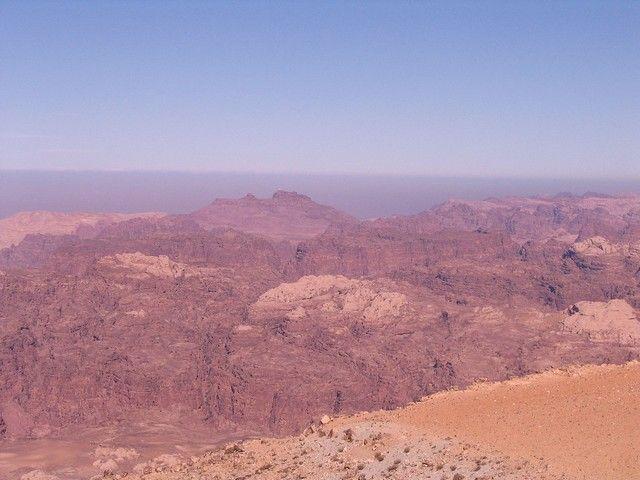 Zdjęcia:  pomiędzy  Akabą a Petrą,  płd-zach Jordania muhafaz Maan,, Księżycowe góry Jordanii, JORDANIA