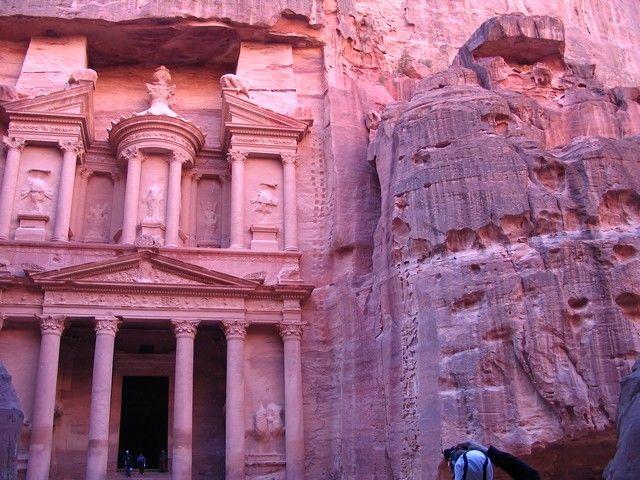 Zdjęcia:  Petra, płd-zach Jordania, Chazne - skarbiec faraona, JORDANIA