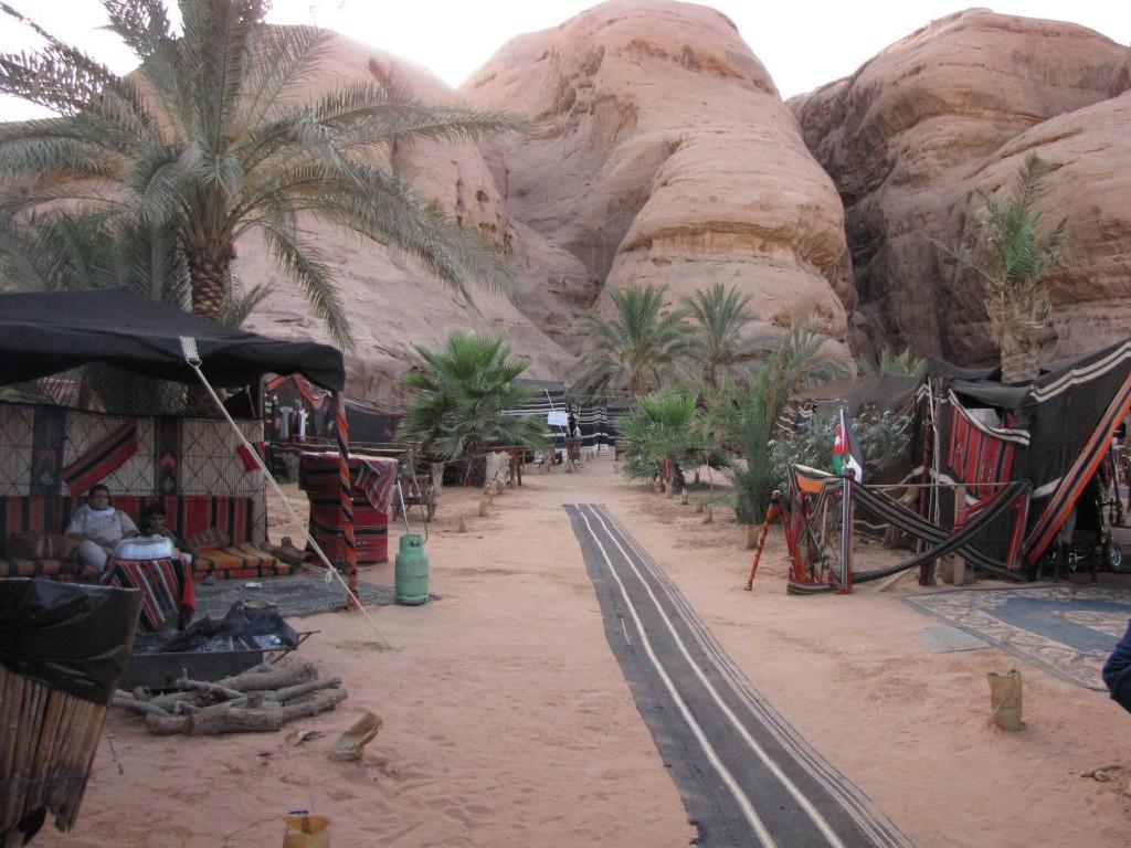 Zdjęcia: Wadi Rum, Południowa Jordania, Hotel na pustyni, JORDANIA