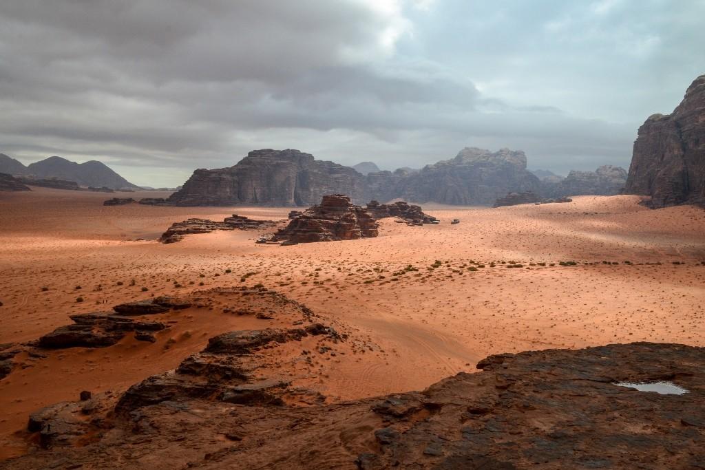 Zdjęcia: pustynia, Wadi Rum, po deszczu..., JORDANIA