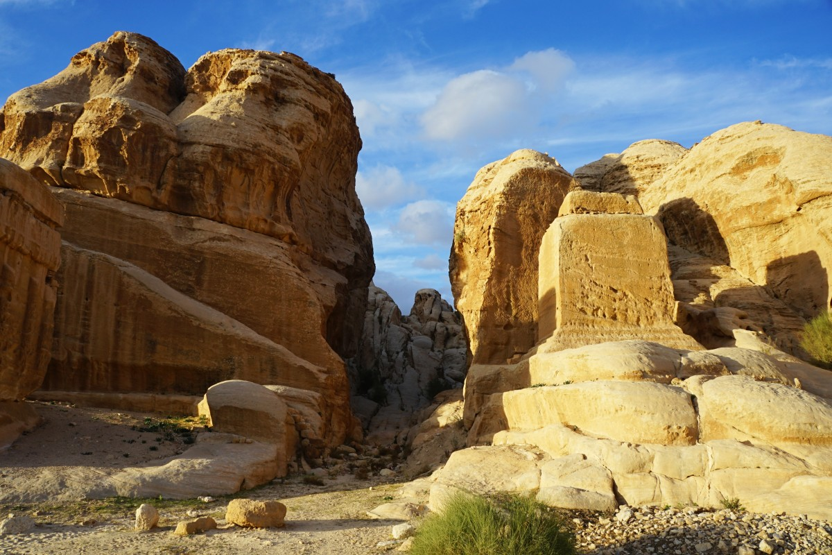 Zdjęcia: Wadi Musa, Muhafaza Ma\'an, W drodze do Petry, JORDANIA