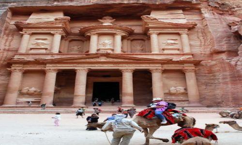 Zdjecie JORDANIA / Bliski Wschód / Petra / W Skalnym mieście