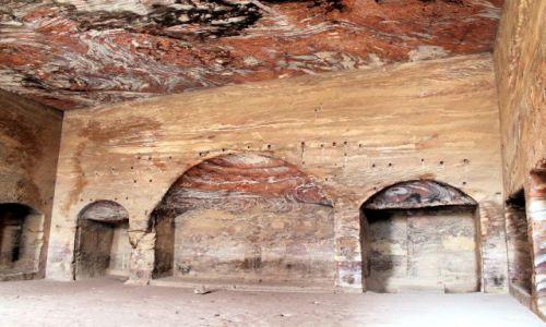 JORDANIA / petra / petra / Petra-grobowce wykute w skale
