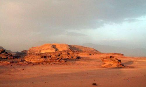 Zdjecie JORDANIA / - / pustynia / Wadi Rum