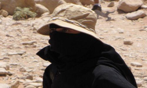 JORDANIA / Południowa Jordania / Petra / Ciekawa moda