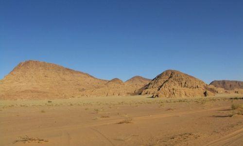 Zdjecie JORDANIA / południowa Jordania / pustynia / Wadi Rum