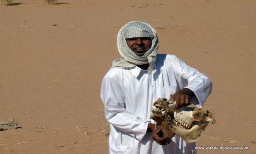 Zdjecie JORDANIA / Wadi Ram / Wadi Ram / Beduin z Aqaby