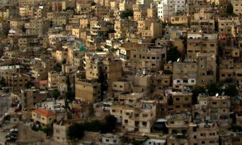 Zdjęcie JORDANIA / północna części kraju, na wysokości około 850 m n.p.m., na wschód od Rowu Jordanu. / Amman / miejski pejzaż
