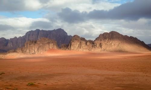 Zdjęcie JORDANIA / Wadi Rum / pustynia / zima...