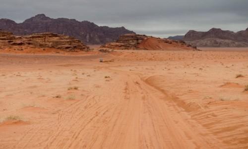 Zdjecie JORDANIA / Wadi Rum / pustynia / piaskownica...