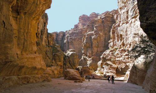 Zdjęcie JORDANIA / na skraju Pustyni Arabskiej / Petra / ....