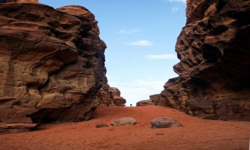 Zdjecie JORDANIA / Wadi Rum / Abu Khashaba Canyon  / Po czerwonym dywanie