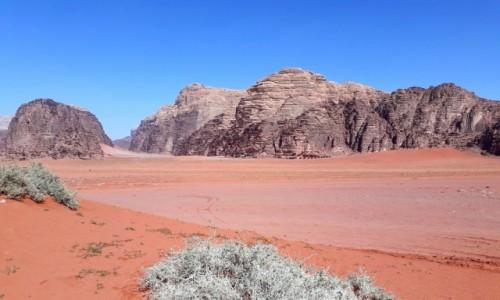 Zdjecie JORDANIA / Wadi Rum  / Wadi Rum  / Senne przedpołudnie