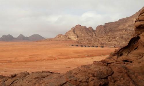 Zdjecie JORDANIA / Wadi Rum  / Wadi Rum  / Okolicznosci przyrody na nocleg marzenie