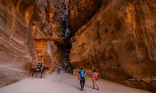 JORDANIA / Wadi Musa / Petra / Kanion Siq