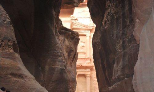 Zdjecie JORDANIA / Petra / Petra / Dolina skalnych domów