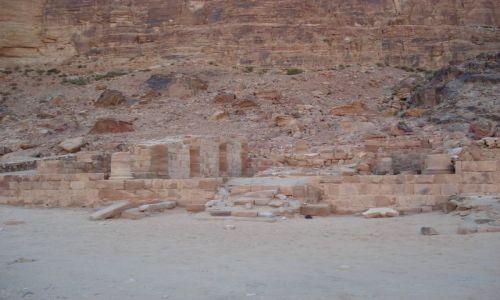 Zdjęcie JORDANIA / Aqaba / Wadi Rum / Nabatejska świątynia