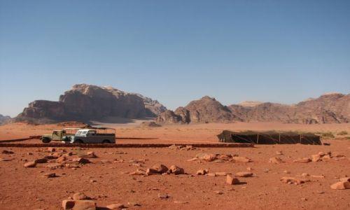 JORDANIA / - / Wadi Rum / Na pustyni 2
