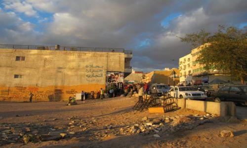 Zdjęcie JORDANIA / Akaba / Ulica / rozmównica