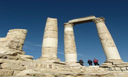 JORDANIA / Amman / Cytadela / Podróżnicy