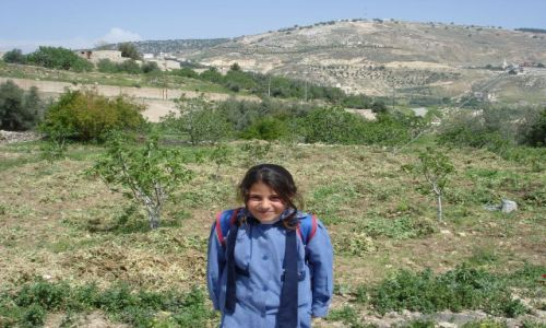 Zdjecie JORDANIA / brak / Iraq al Amir / uczennica