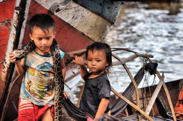 Zdjęcia: wioska na tonle sap, ***, KAMBODżA