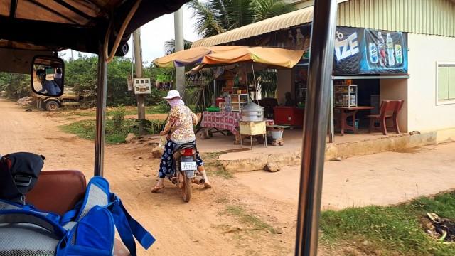 Zdjęcia: okolice Kampotu, okolice Kampotu, W drodze, KAMBODżA