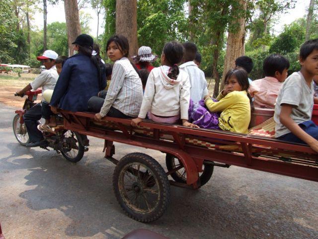 Zdjęcia: Siem Reap, Siem Reap, Jedziemy na wycieczke.., KAMBODżA