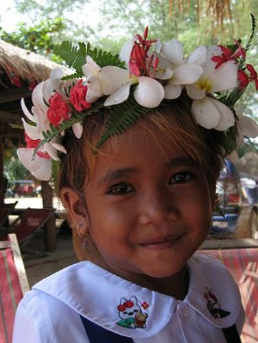 Zdjęcia: Sihanoukville, Sihanoukville, Wystrojona młoda panna, KAMBODżA